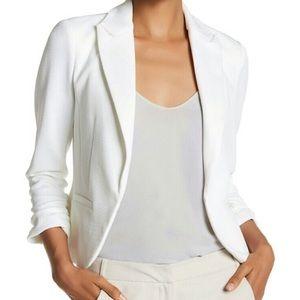 AMANDA + CHELSEA white textured pique blazer